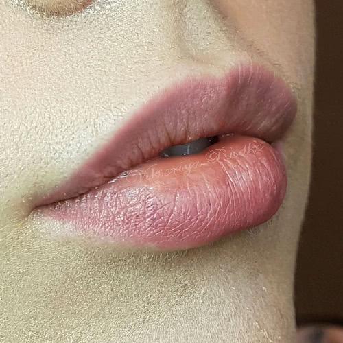 заживший татуаж губ