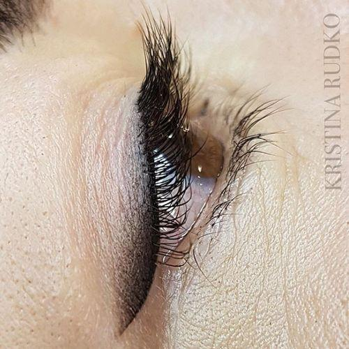 Expressive permanent eyeliner - use only graphite tones, sometimes with small chocolate shades